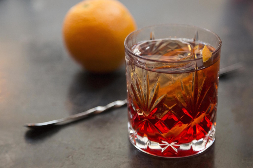 A Negroni: to have and to hold... and to drink