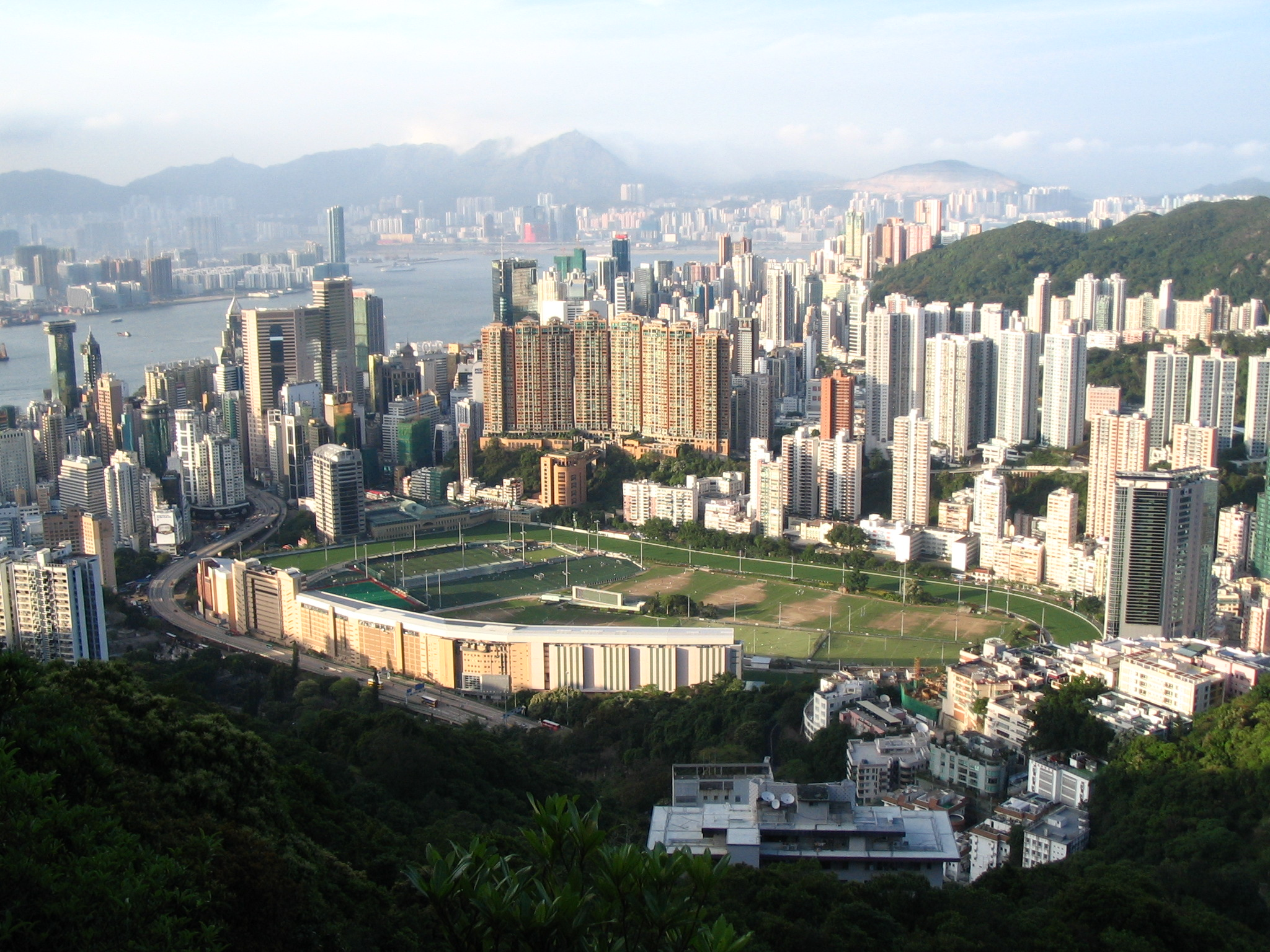 Happy Valley Racecourse by Minghong/Wiki Commons