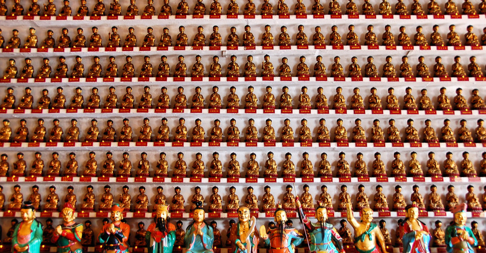 Ten Thousand Buddhas Monastery. Photo: Justin Gaurav Murgai/Flickr