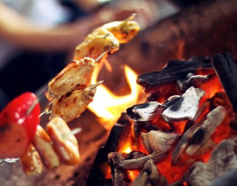 6 Signs You're at a Hong Kong Barbecue