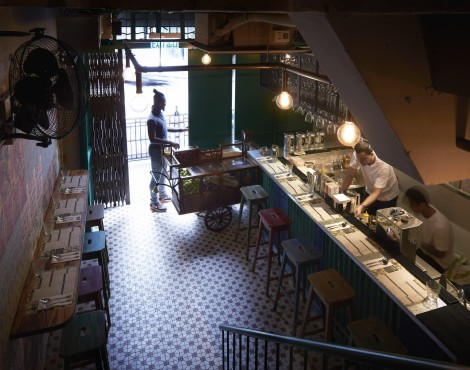 9 Signs You're at a Hipster Restaurant