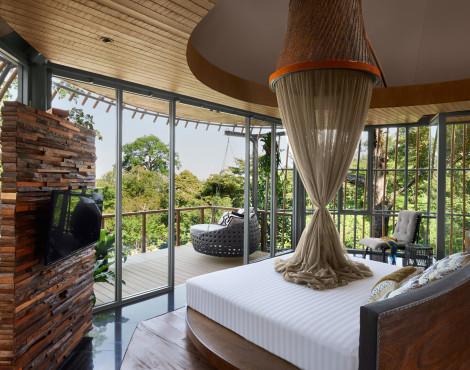 Tree Pool House