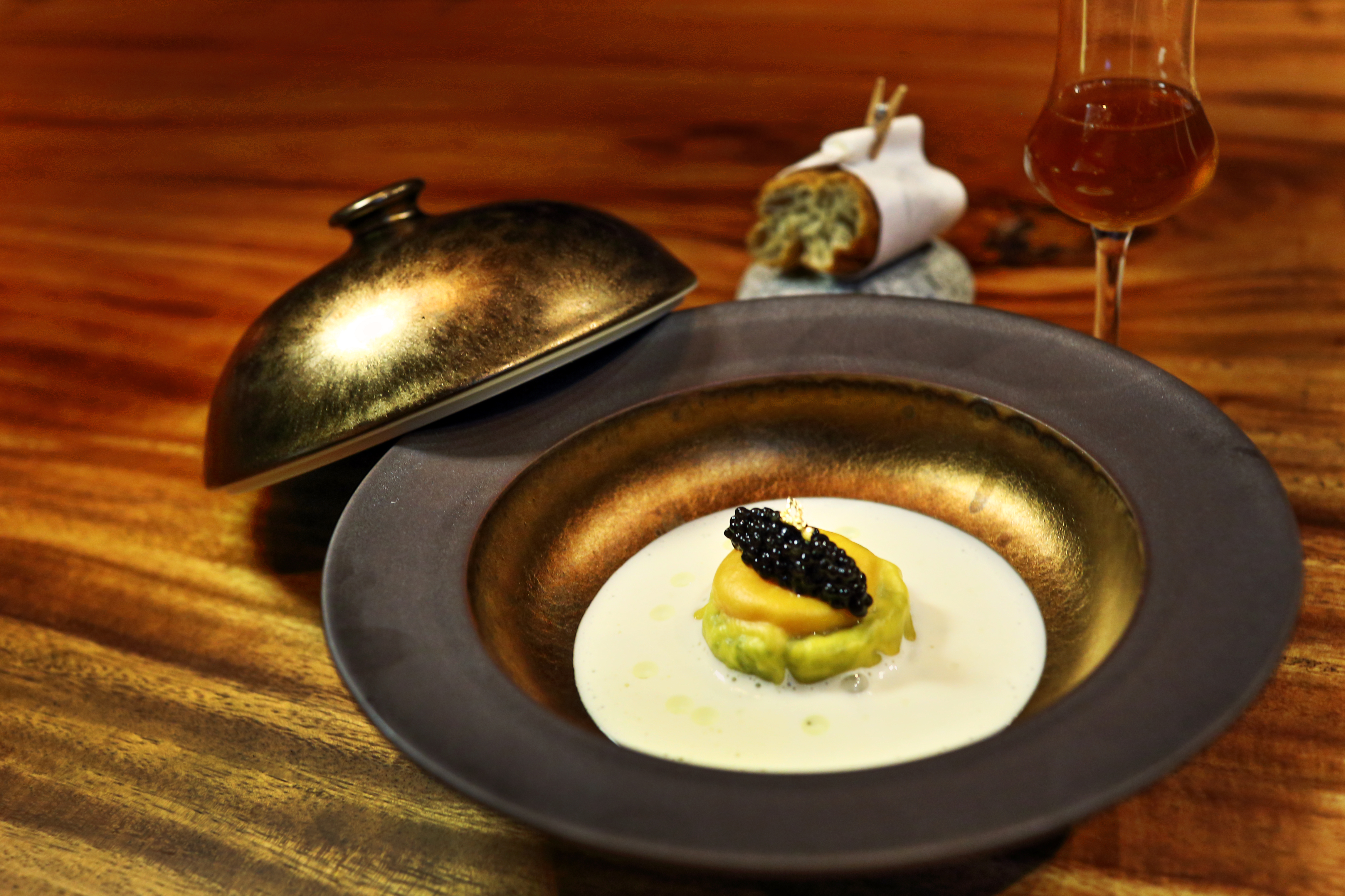 VEA Restaurant & Lounge | The Loop HK