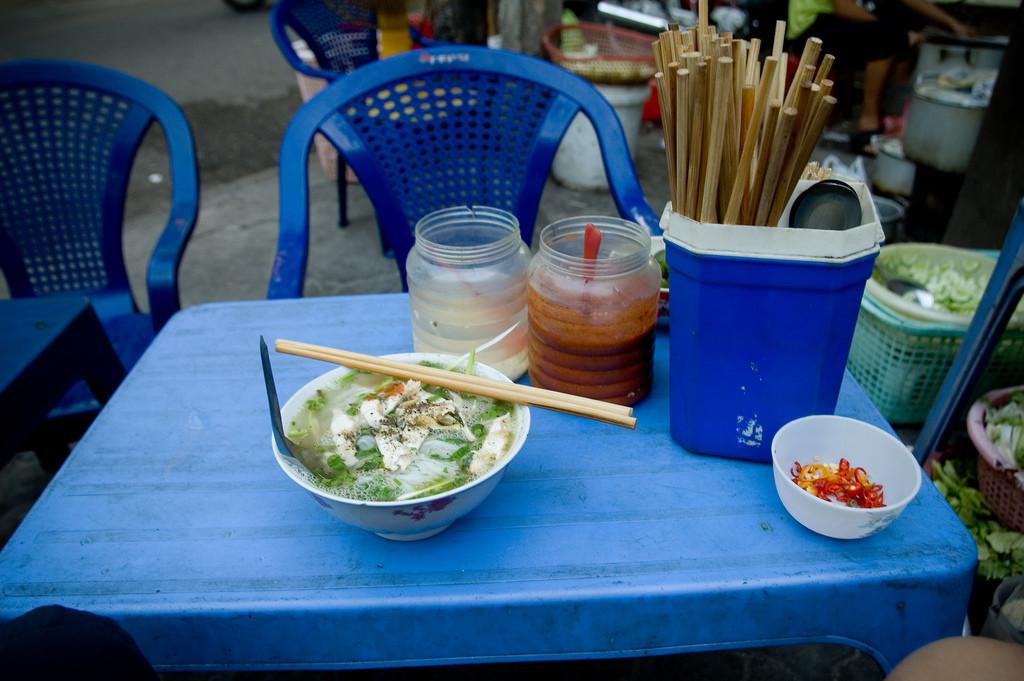 Hanoi streetside pho Photo: Jonathan Lin/Flickr