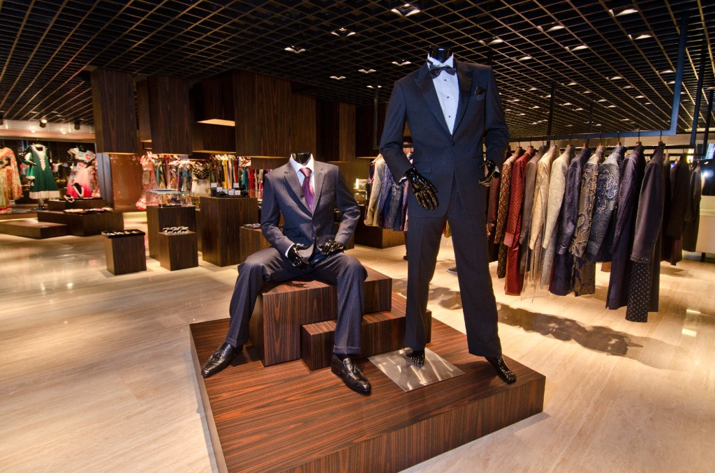 One of the best men's tailors in Hong Kong -Raja Fashion