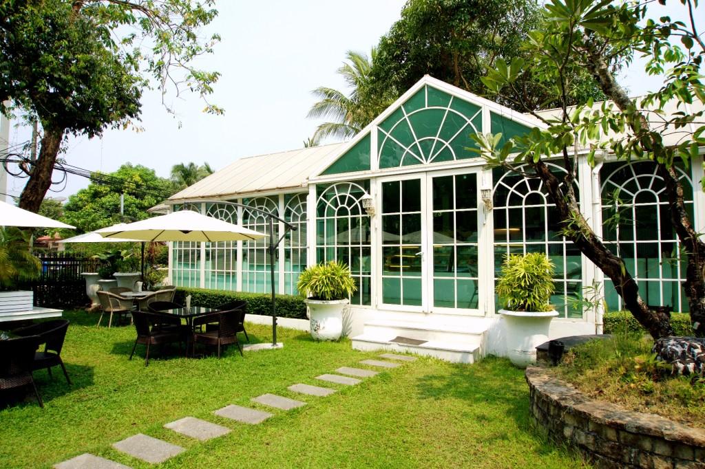Acacia Tea House, Yangon