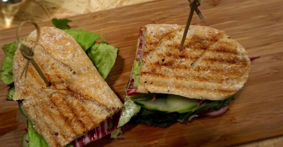 Knead Sandwich