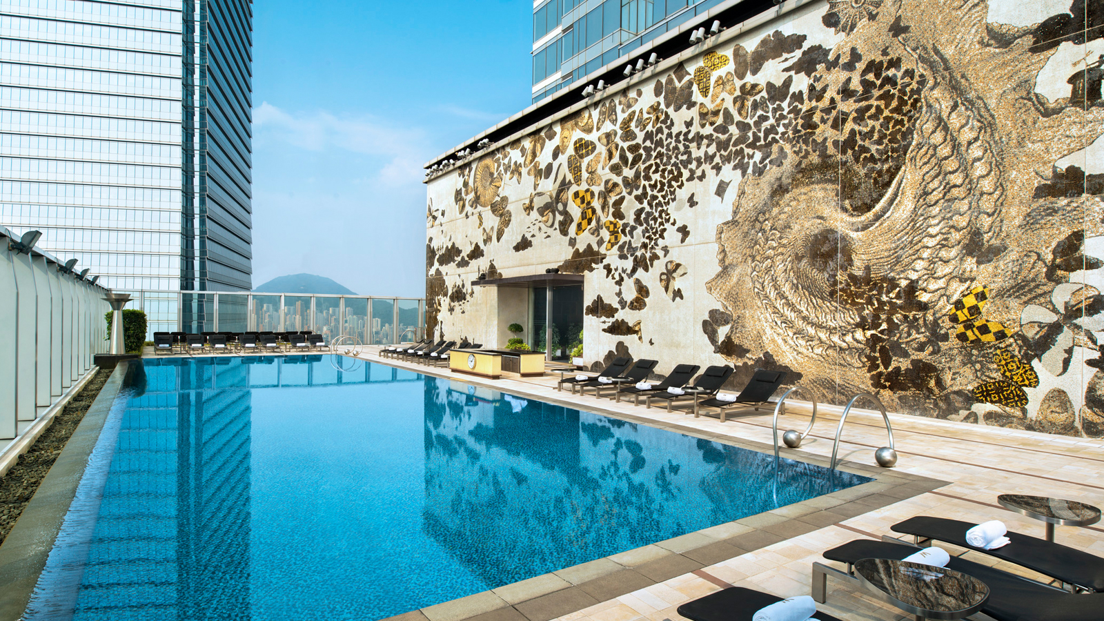 7 Hotel Pool Passes In Hong Kong