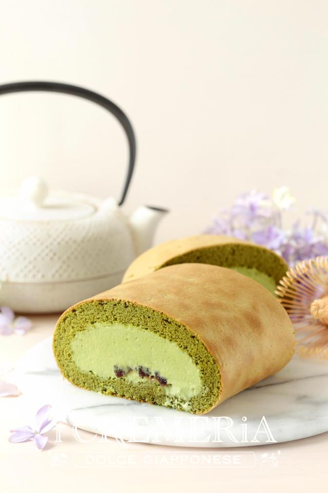 Matcha Cake Roll from i Cremeria