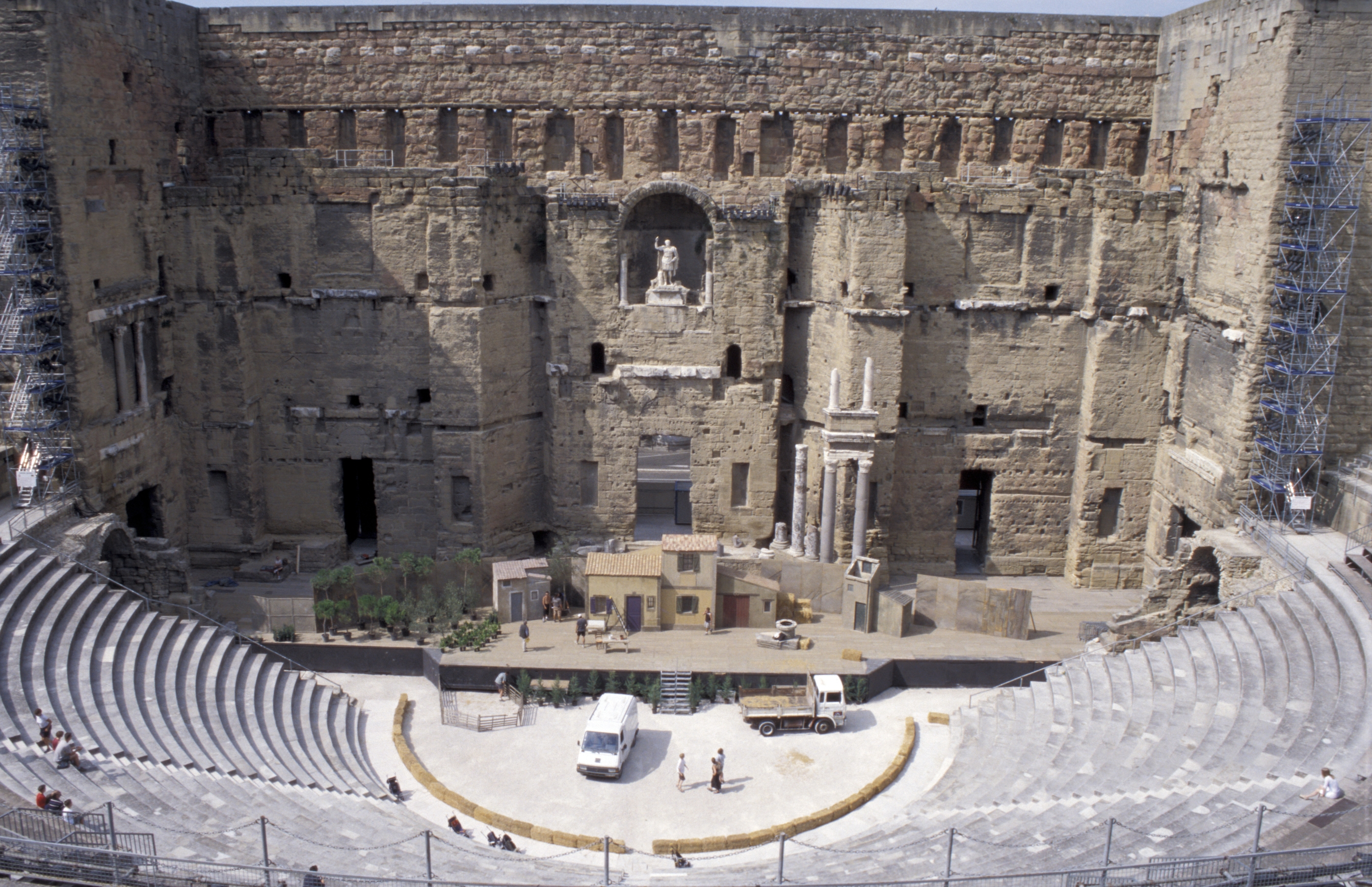 Travel back in time and enjoy an Opera at the Roman Theatre of Orange Photo: Tyler Bell/Flickr