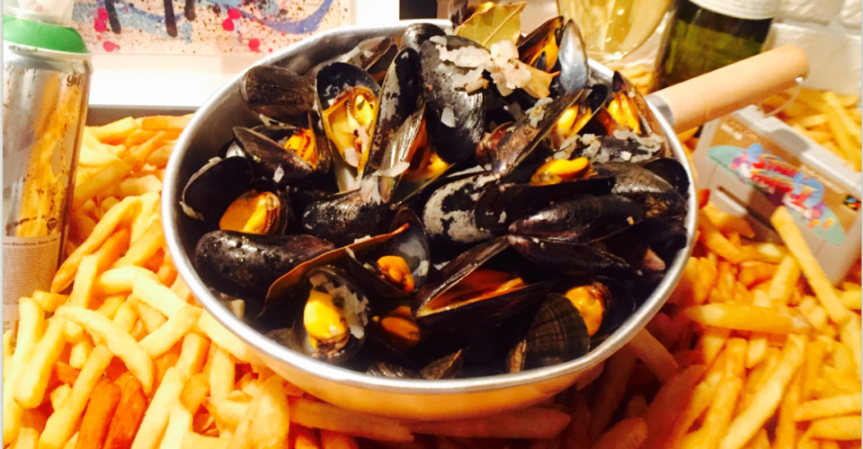Bouchot mussels at La Cantoche