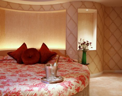Valentine's Day Staycation Package at The Luxe Manor