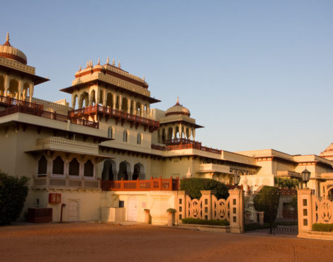 Check out these gorgeous palace hotels in India