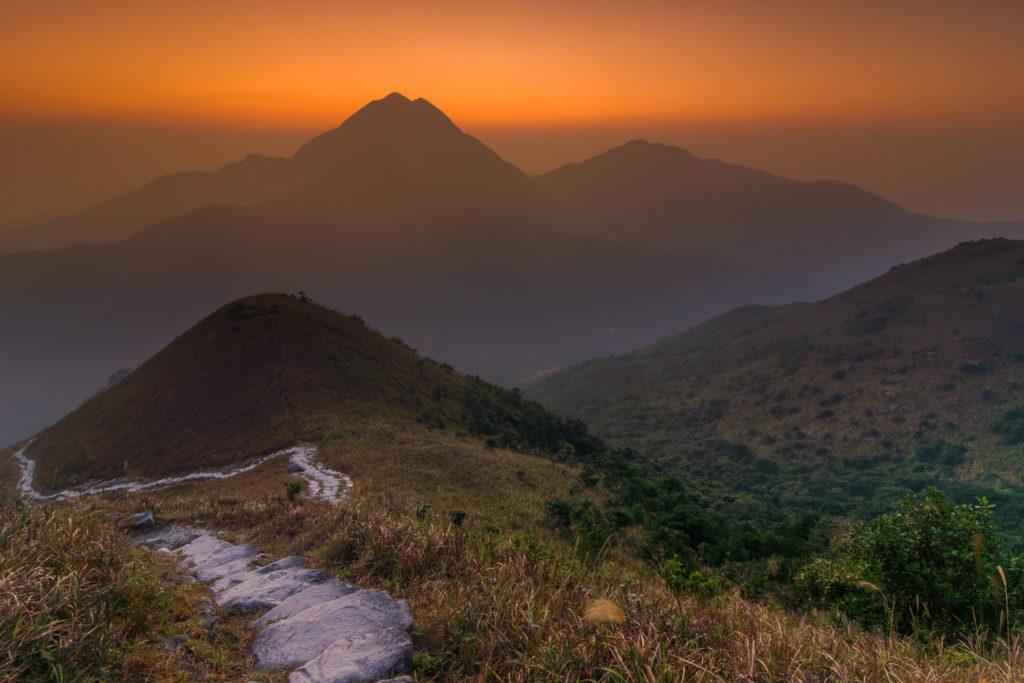 Sunset over the sunset peak hiking trail