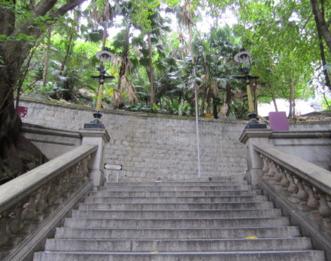 It's a Gas: the Duddell Street Steps and Gas Lamps