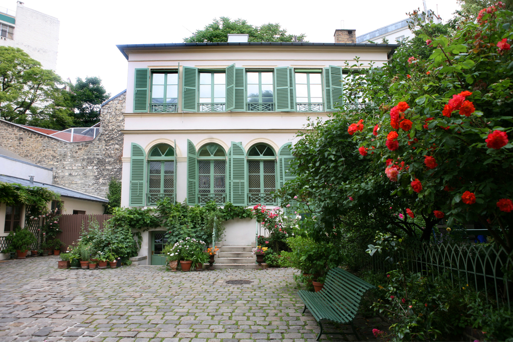 The charming exterior of the Musee de la Vie Romantique, the most idyllic of Parisian museums.