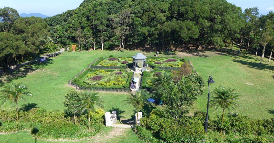 Victoria_Peak_Garden_Lawn_Plants_201607