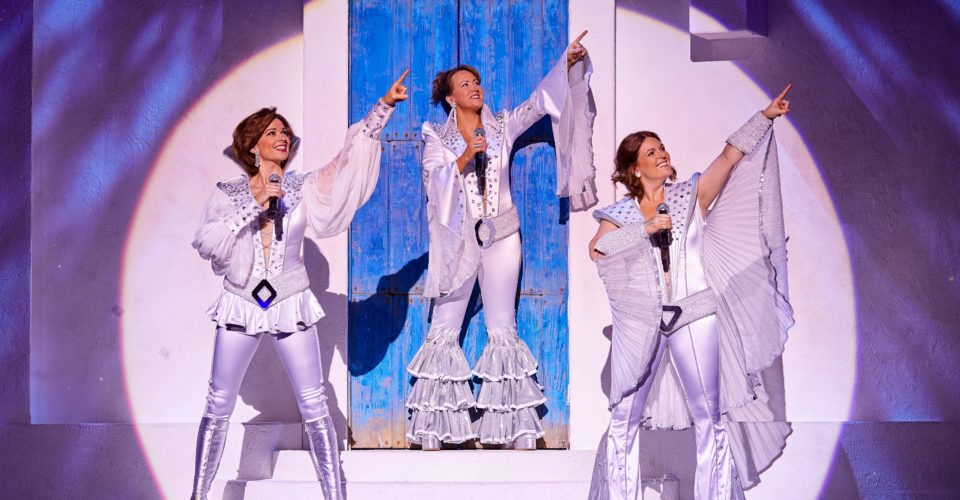 MAMMA MIA! International Tour Cast  2018/2019