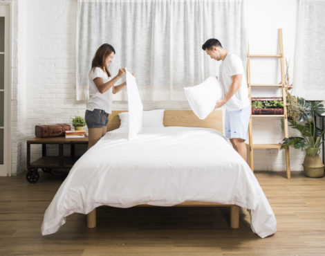CHRISTMAS GIVEAWAYS Day 14: Win Sheets and Pillows from Hush Home!