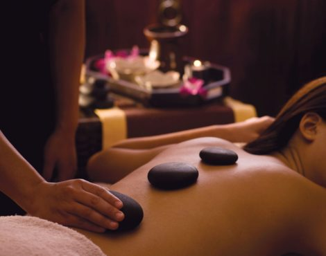 CHRISTMAS GIVEAWAYS Day 9: Win a Massage or Meal at Cordis Hotel!