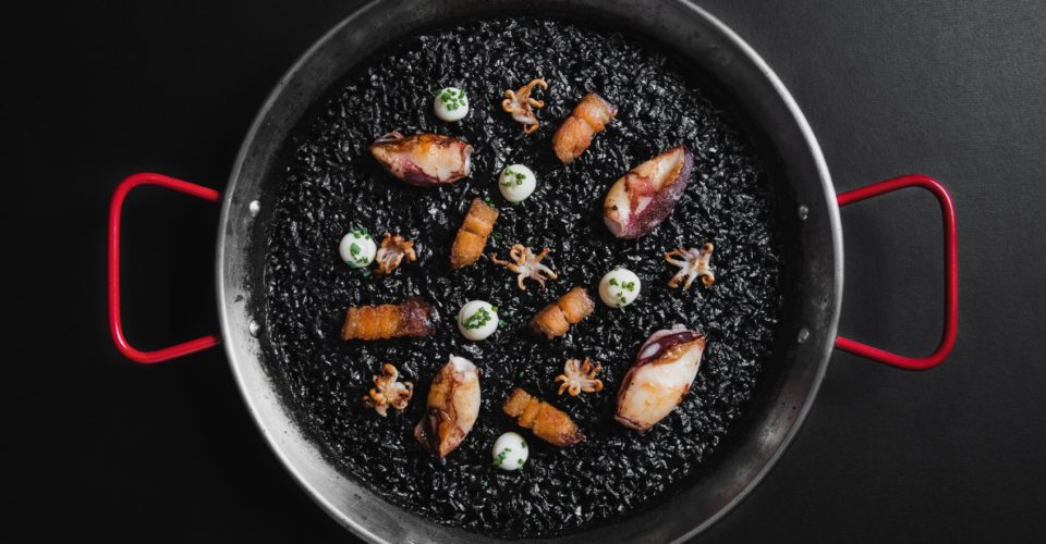 Black-paella-rice_