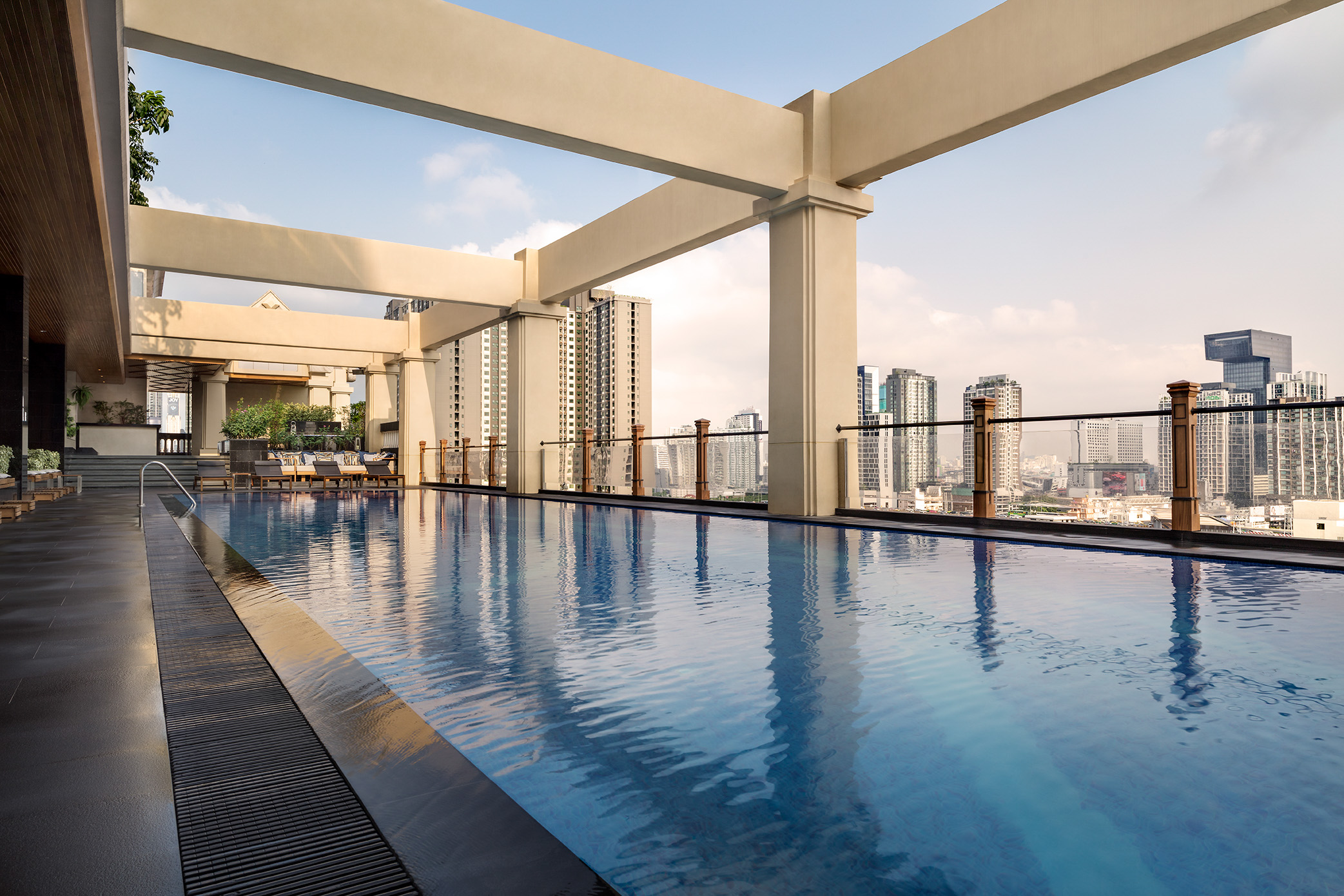 The pool deck at the Lancaster Bangkok