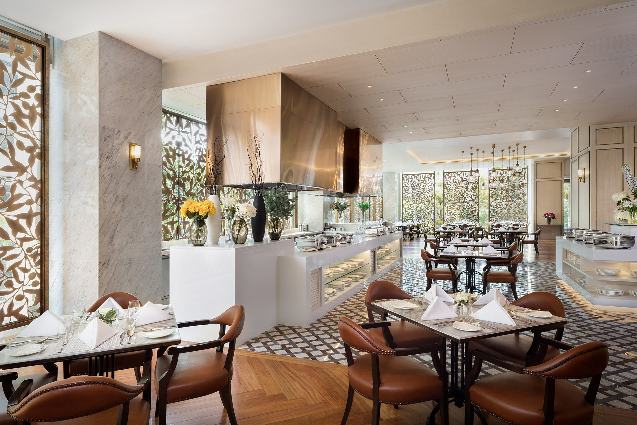 Siam Brasserie is the main restaurant at the Lancaster Bangkok