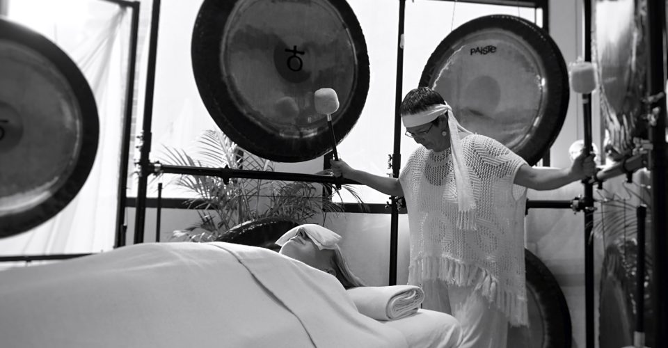 Group-Couples-Gong-Meditation-at-The-Oriental-Spa-4