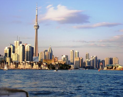 Loop into Toronto