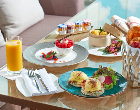 The Loop HK Best 30 Eats 2019 Best Afternoon Tea: Lobby Lounge at InterContinental