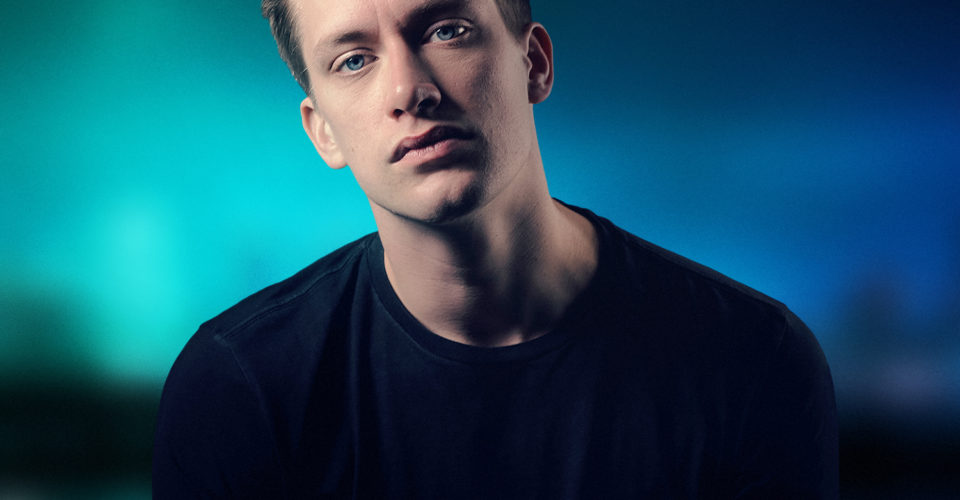 Photo of Daniel Sloss by Troy Edige, all rights reserved_Portrait 2M