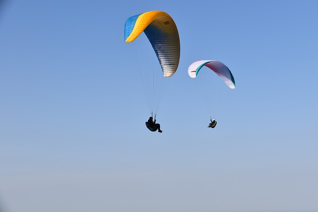 extreme sports in Hong Kong paragliding