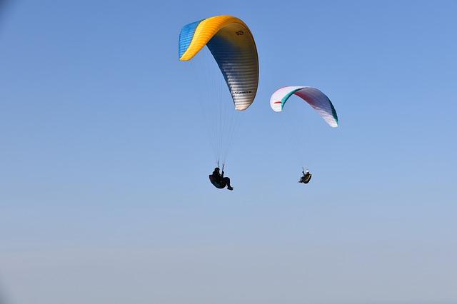 extreme sports in Hong Kong paragliding