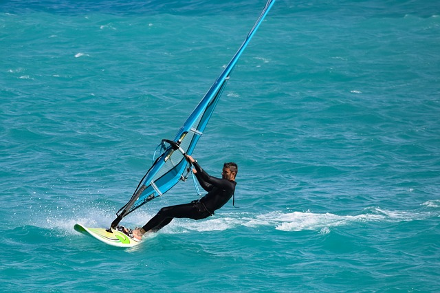 extreme sports in Hong Kong windsurfing
