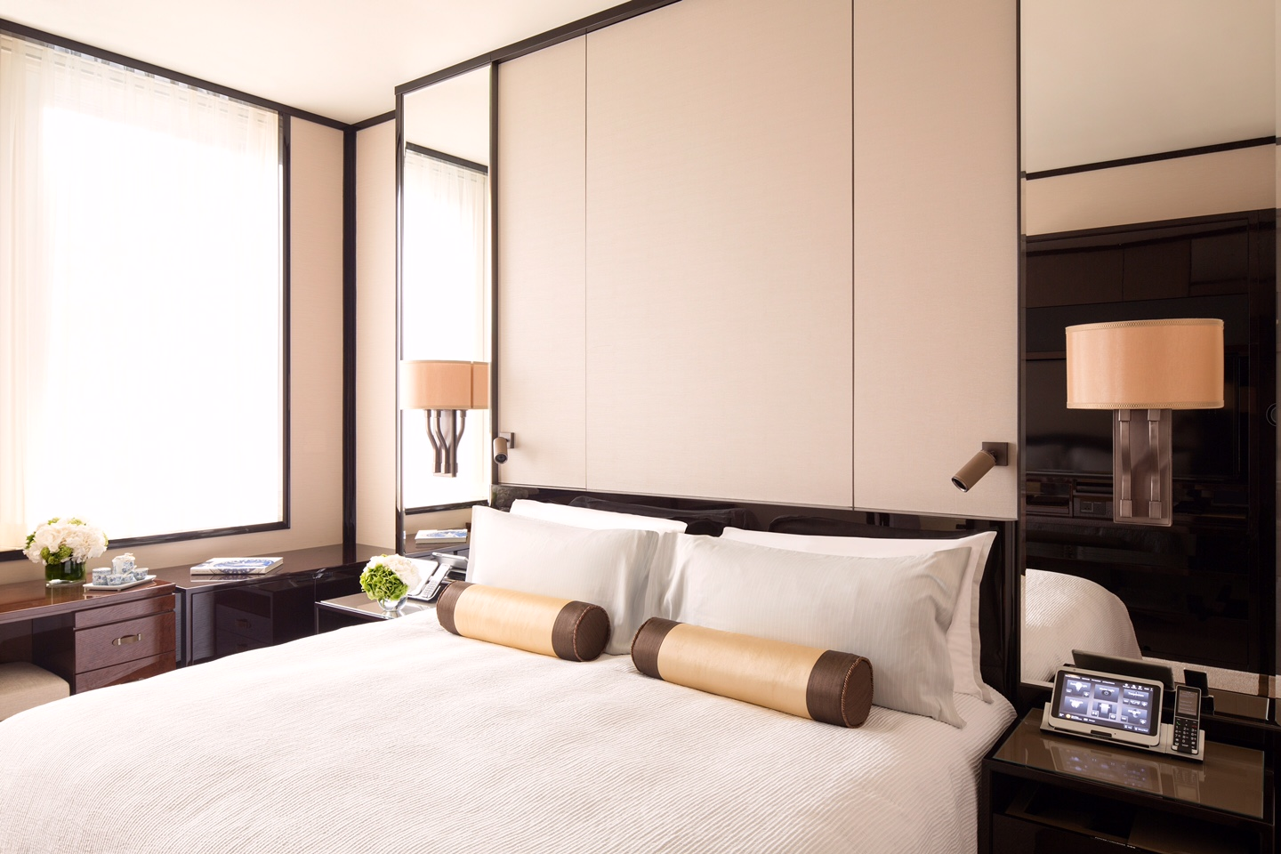 Check into a sumptuous room during a Hong Kong staycation at the peninsula