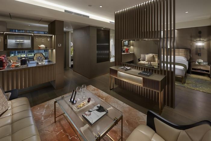 Relax in a stunning guest room during a Hong Kong staycation at the landmark mandarin oriental Hong Kong