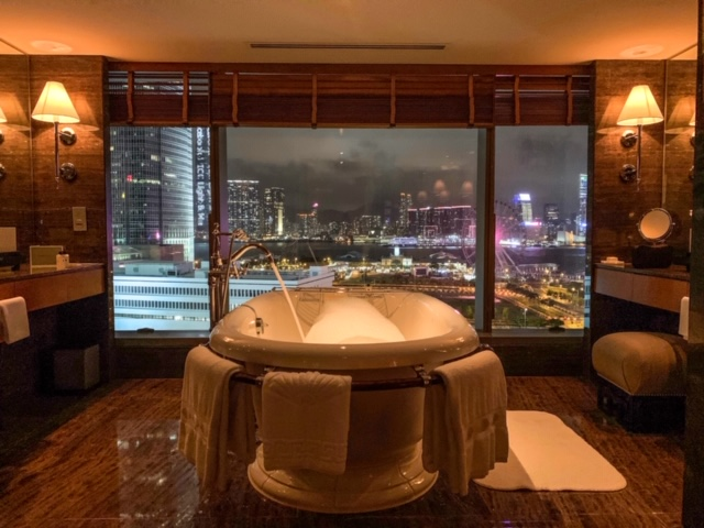 bathtub in suite at Mandarin Oriental Hong Kong