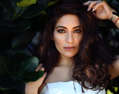 接下来:Natasha Moor atasha Moor化妆品