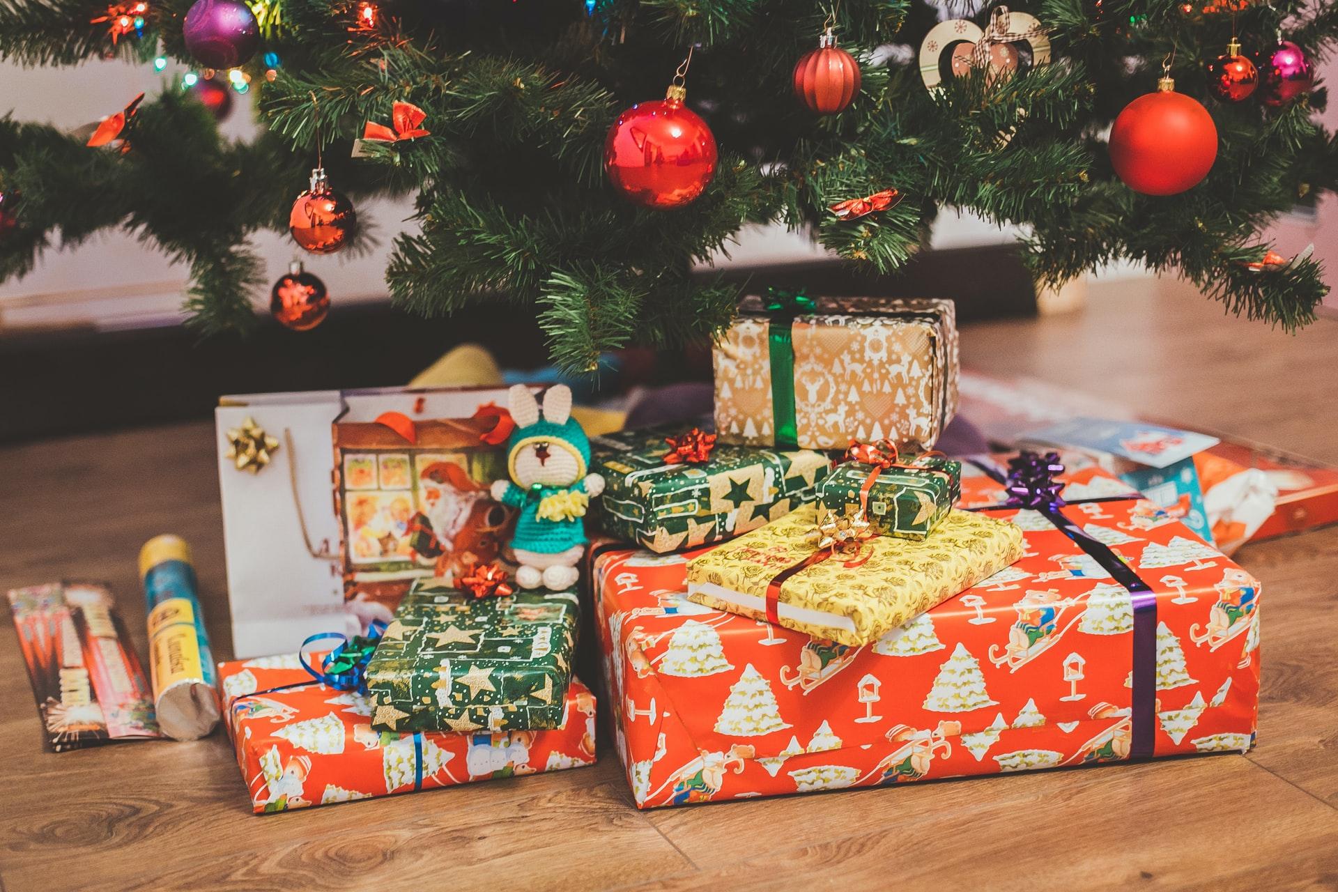 Christmas giveaways 2020