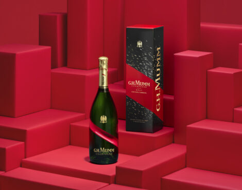 G.H. Mumm Launches Festive Grand Cordon Champagne