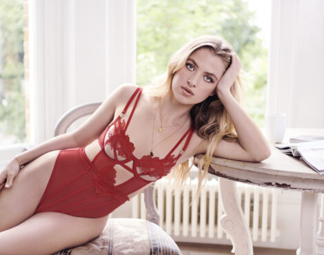 Avec Amour Lingerie Reveals Valentine's Collection - and 15% Off Discount Code!