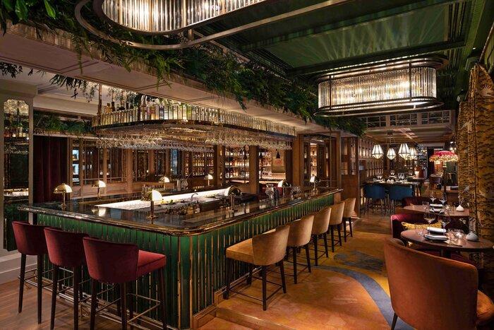 the Aubrey main bar