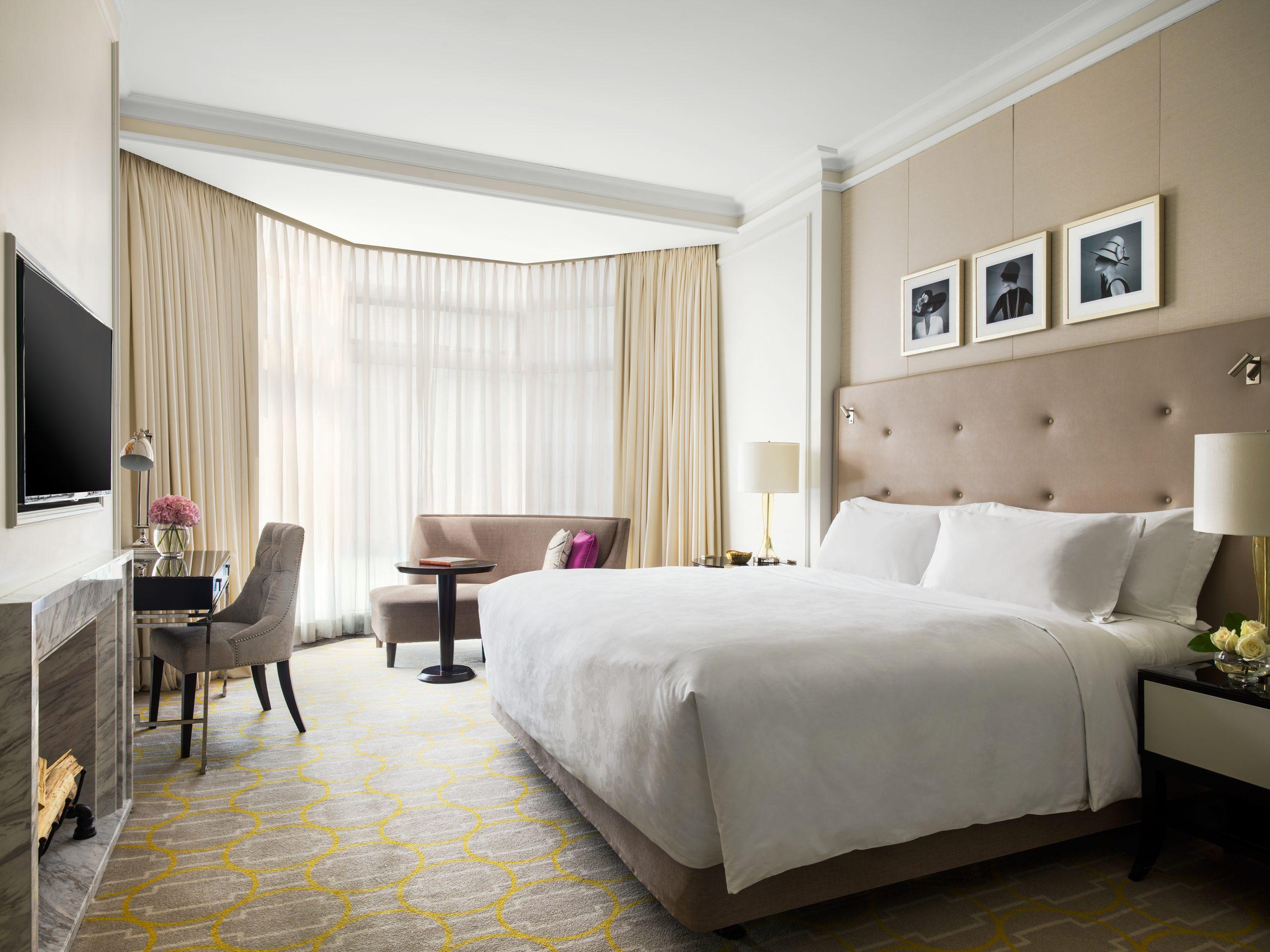 The Langham Hong Kong guest room
