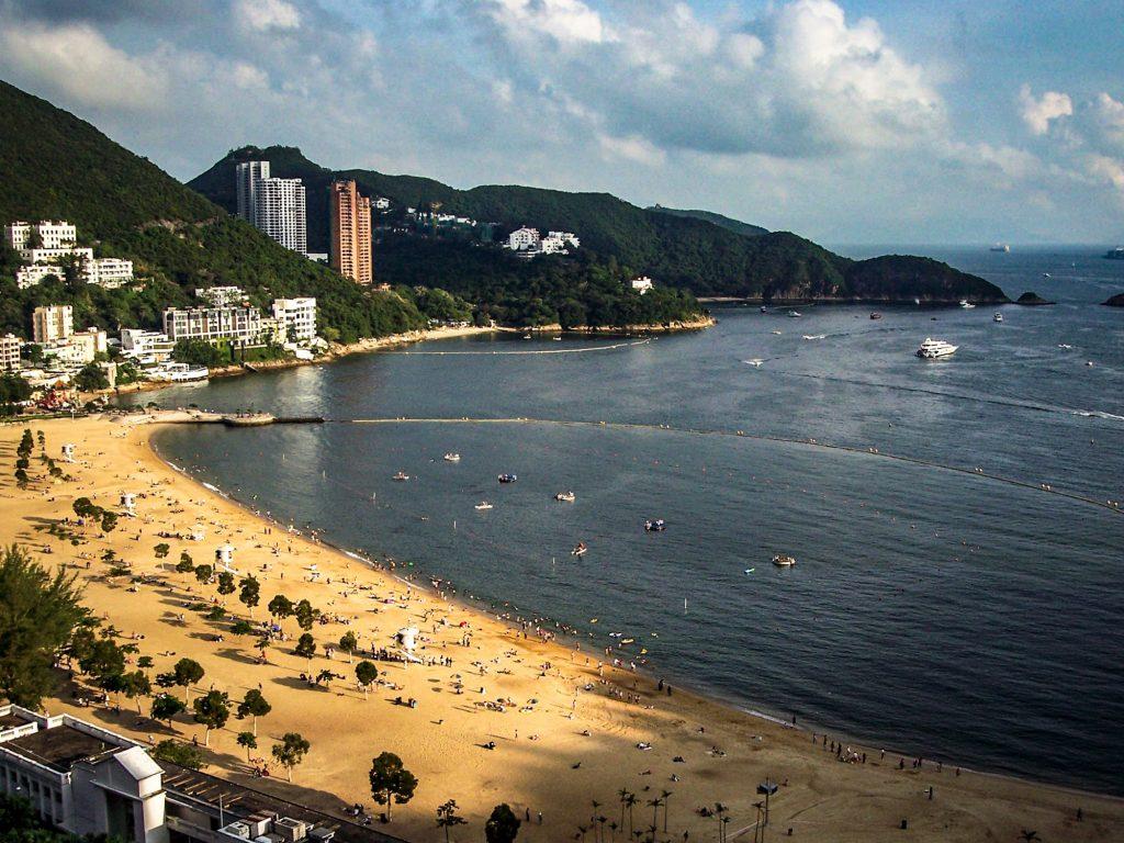 浅水湾海滩